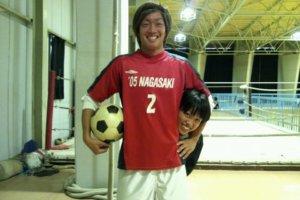 長崎大学全額サッカー部時代のマネージャーとの写真